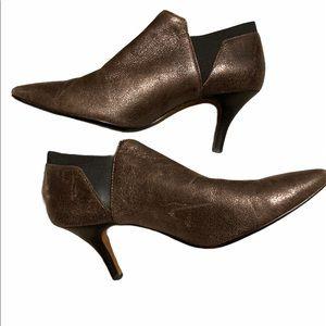 DONALD PLINER sz8 BRONZE METALLIC leather BOOTIE